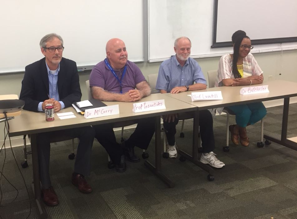 Summer Scholars Faculty Panel Discussion 2018 (cropped)